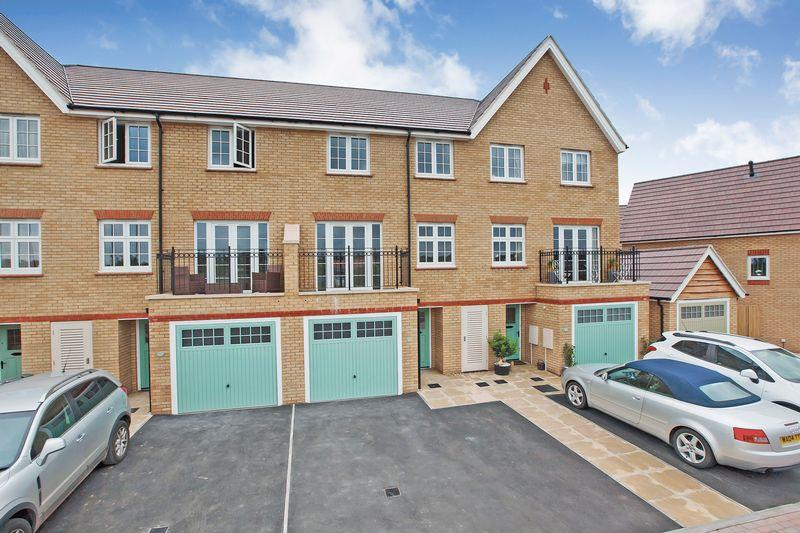 4 Bedrooms Town House for sale in BATHPOOL