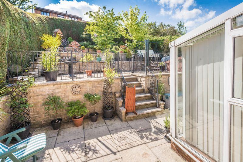 5 Bedrooms Detached House for sale in Little Matlock Gardens Stannington, S6 6FW- Four/Five Bedroom Detached Home