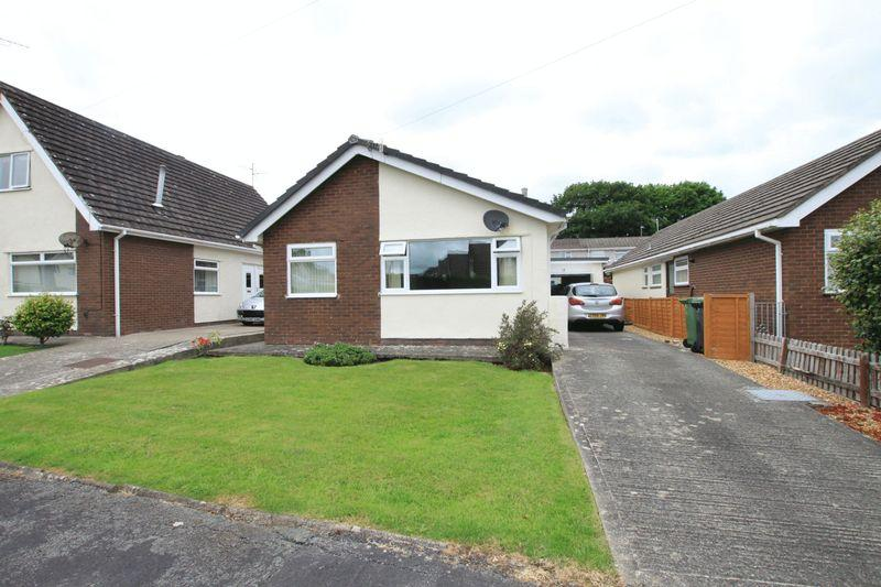 3 Bedrooms Detached Bungalow for sale in Menai Bridge, Anglesey