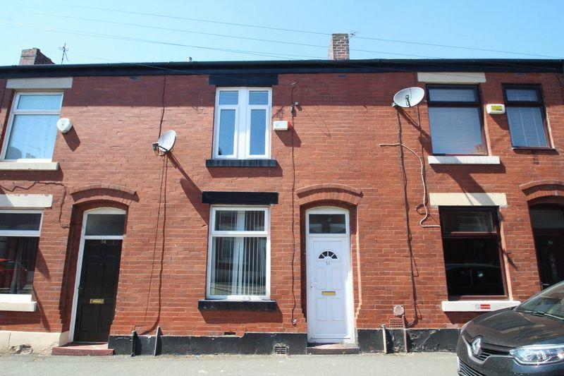 3 Bedrooms Terraced House for sale in Melville Street, Castleton, Rochdale OL11 2UQ