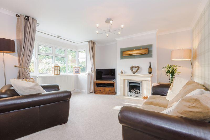 3 Bedrooms Semi Detached House for sale in ** OPEN HOUSE ** Rushgreen Road, Lymm