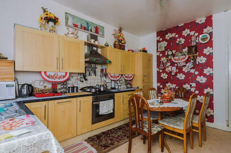 3 Bedrooms End Of Terrace House for sale in Grafton Street, Warrington