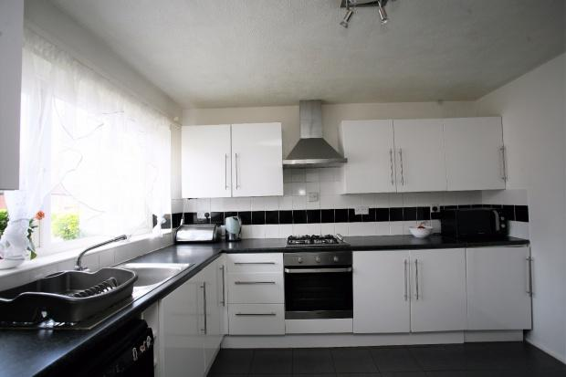 3 Bedrooms Semi Detached House for sale in Swallowdale Road, Melton Mowbray, LE13