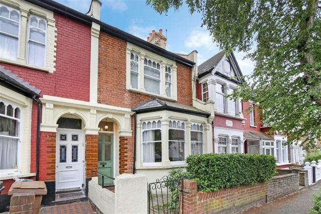 3 Bedrooms House for sale in Pentire Road, Walthamstow