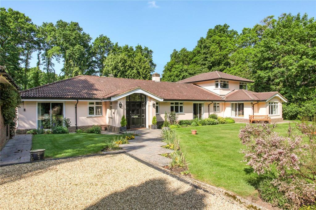 3 Bedrooms Detached Bungalow for sale in Richmond Wood, Sunningdale, Berkshire, SL5