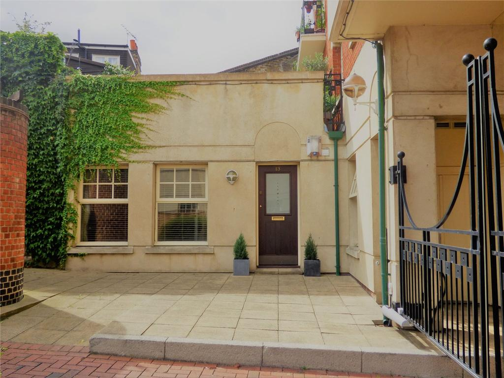 1 Bedroom Bungalow for sale in Griffin Gate, 135 Lower Richmond Road, Putney, London, SW15