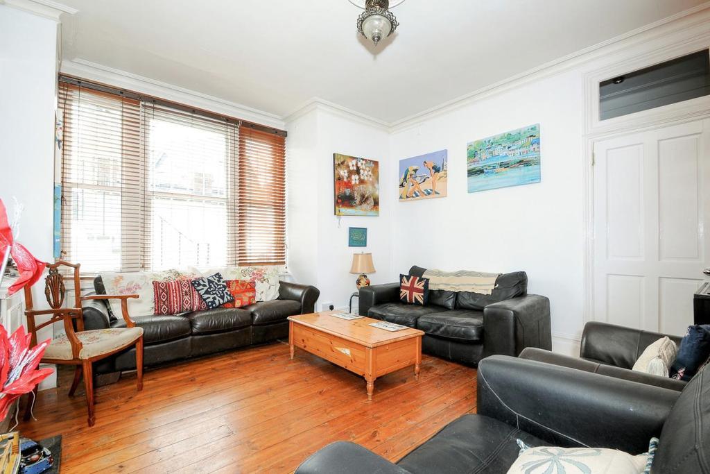 2 Bedrooms Maisonette Flat for sale in Wandsworth Bridge Road, Fulham, SW6