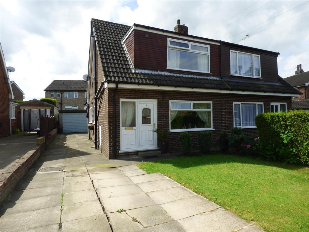 3 Bedrooms Semi Detached House for sale in Cedar Way, Gomersal, Cleckheaton