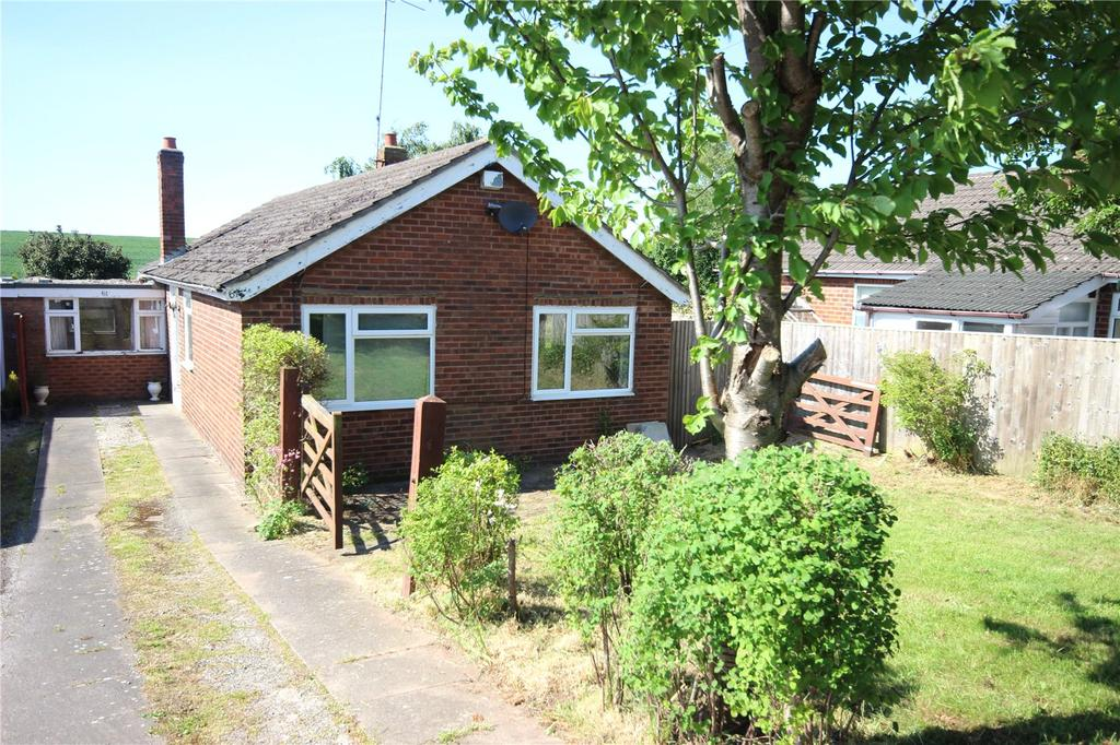 3 Bedrooms Bungalow for sale in Ashton, Chester, Cheshire