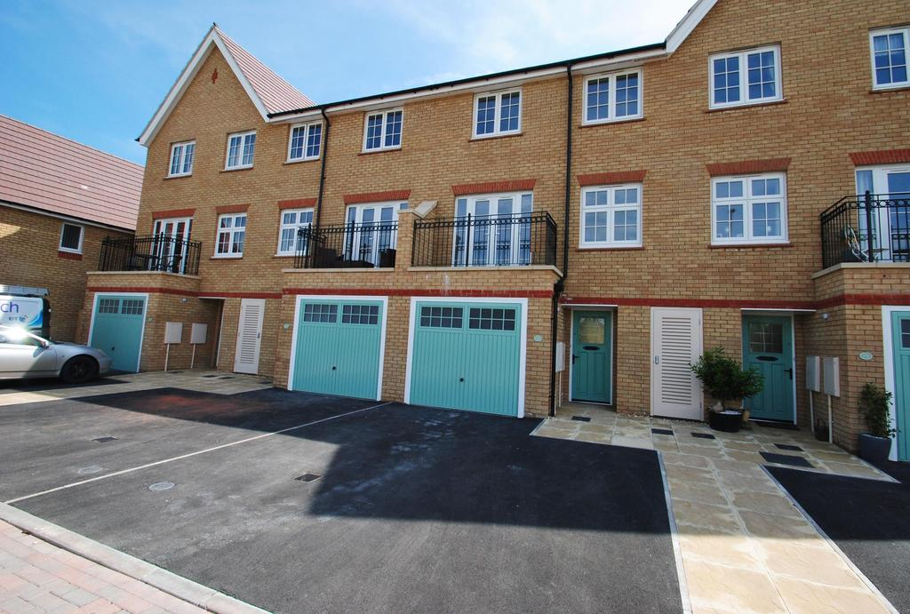 4 Bedrooms Terraced House for sale in Rossiter Close, Bathpool