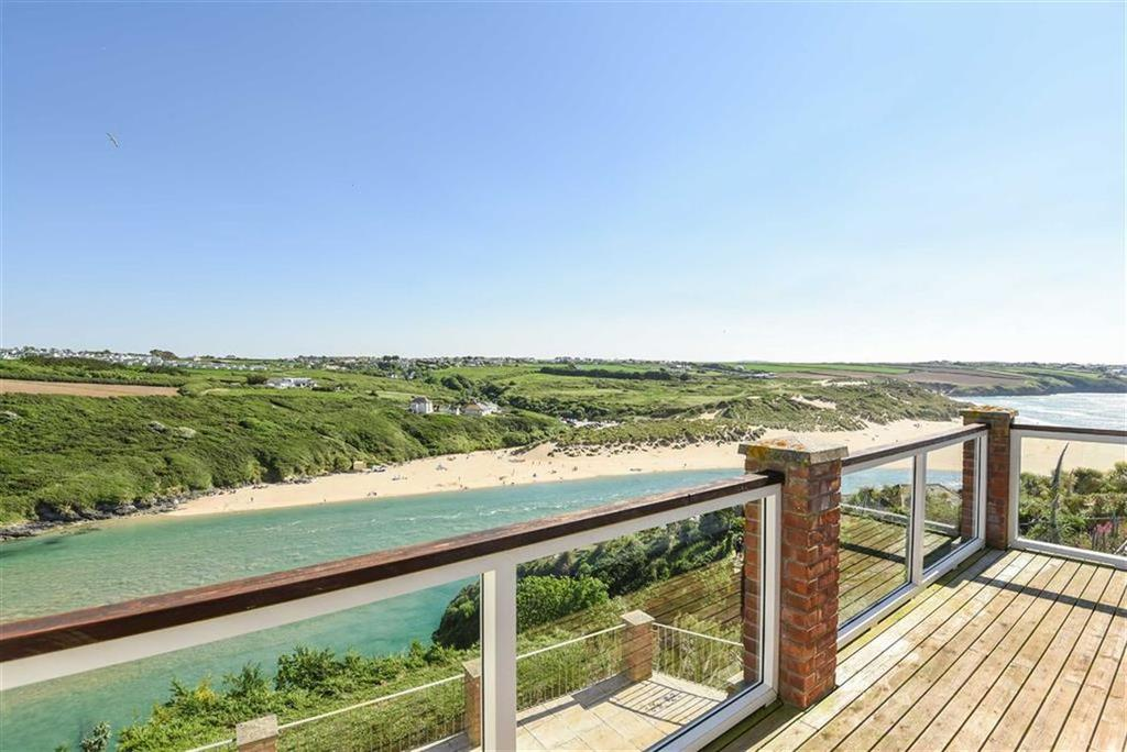 4 Bedrooms Detached House for sale in Riverside Crescent, Newquay, Cornwall, TR7