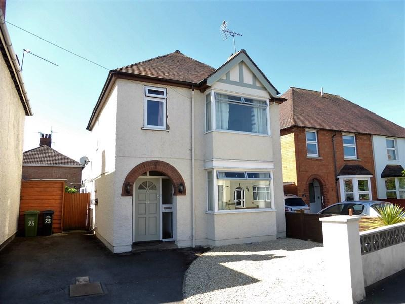 3 Bedrooms Detached House for sale in Albert Road, Evesham