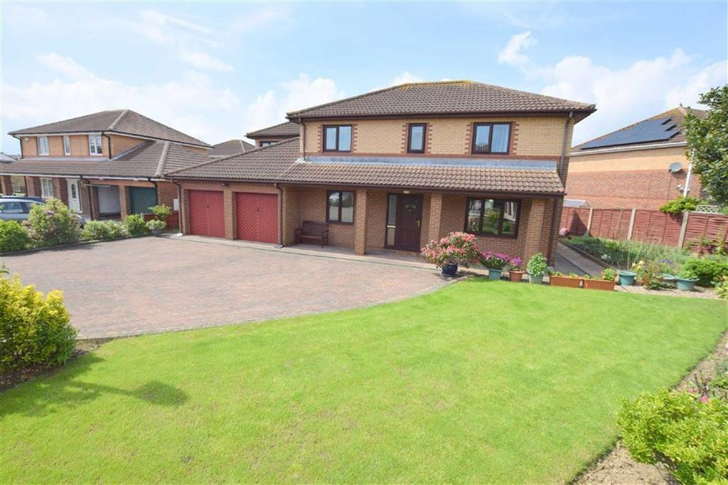 4 Bedrooms Detached House for sale in Rochester Court, Cleethorpes, North East Lincolnshire