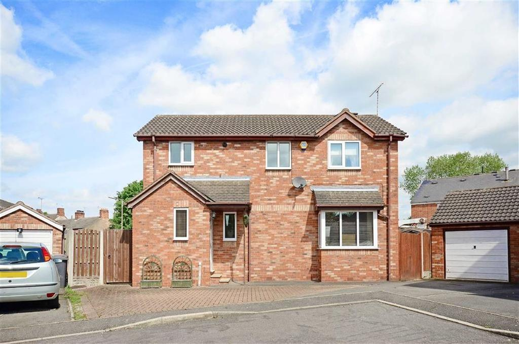 3 Bedrooms Detached House for sale in 15, Abbey Place, Renishaw, Sheffield, S21