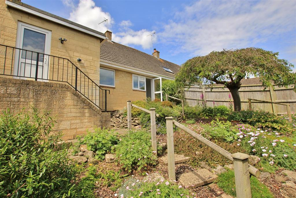 4 Bedrooms Semi Detached House for sale in Southleigh, Bradford-On-Avon