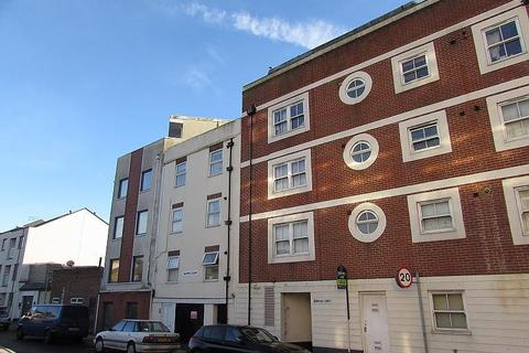 3 bedroom flat to rent - Granada Road, Southsea, PO4