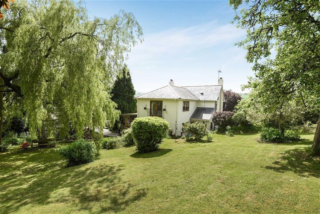4 Bedrooms Detached House for sale in Bickleigh, Tiverton, Devon, EX16