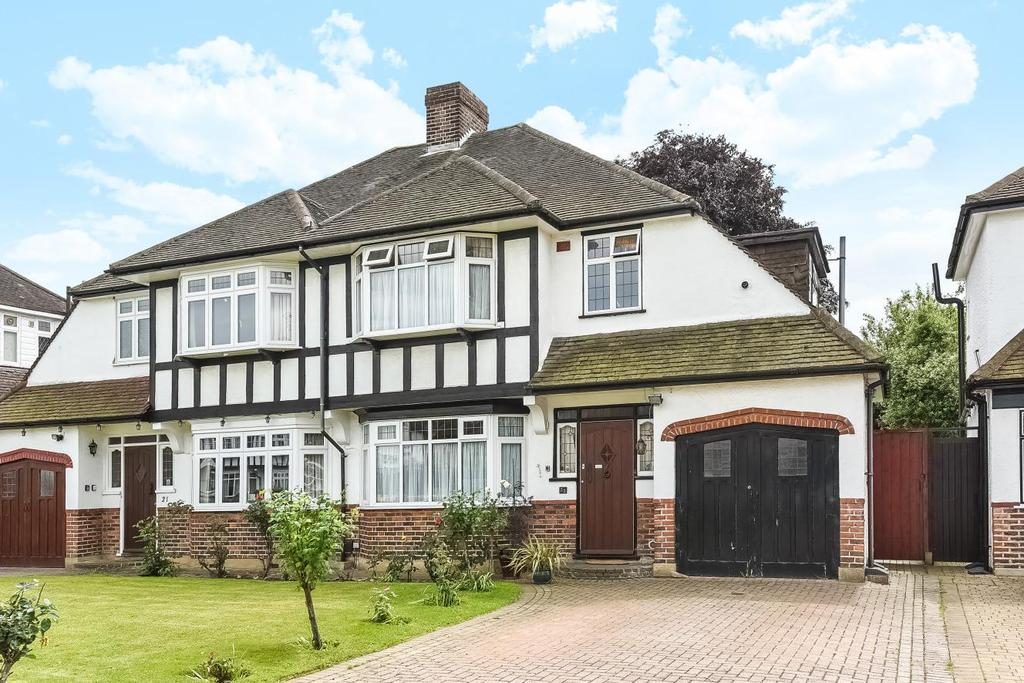 3 Bedrooms Terraced House for sale in The Mead, Beckenham, BR3