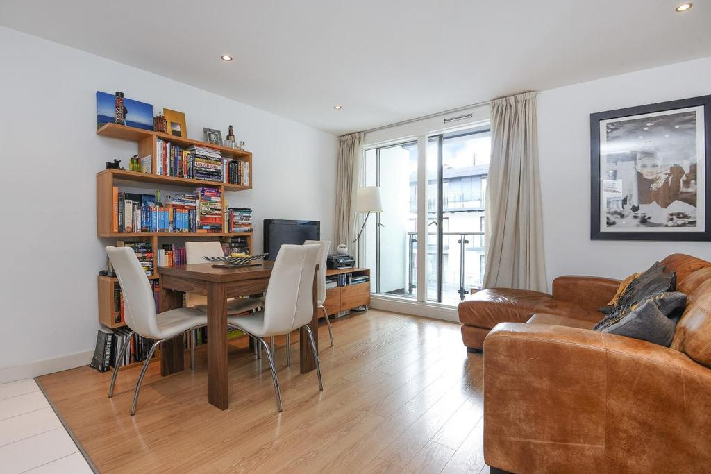 1 Bedroom Flat for sale in Adana Building, Conington Road, Lewisham