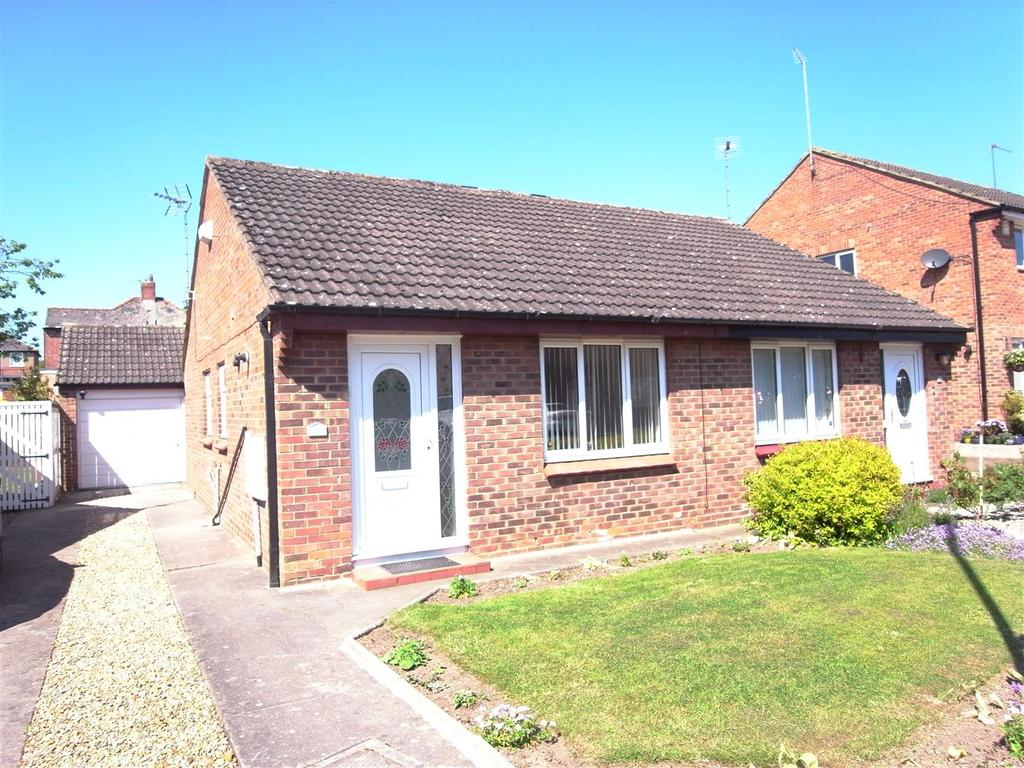 2 Bedrooms Semi Detached Bungalow for sale in Bellburn Lane, Darlington