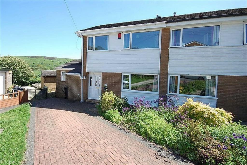 3 Bedrooms Semi Detached House for sale in Round Hill, Holmfield, Halifax, HX2