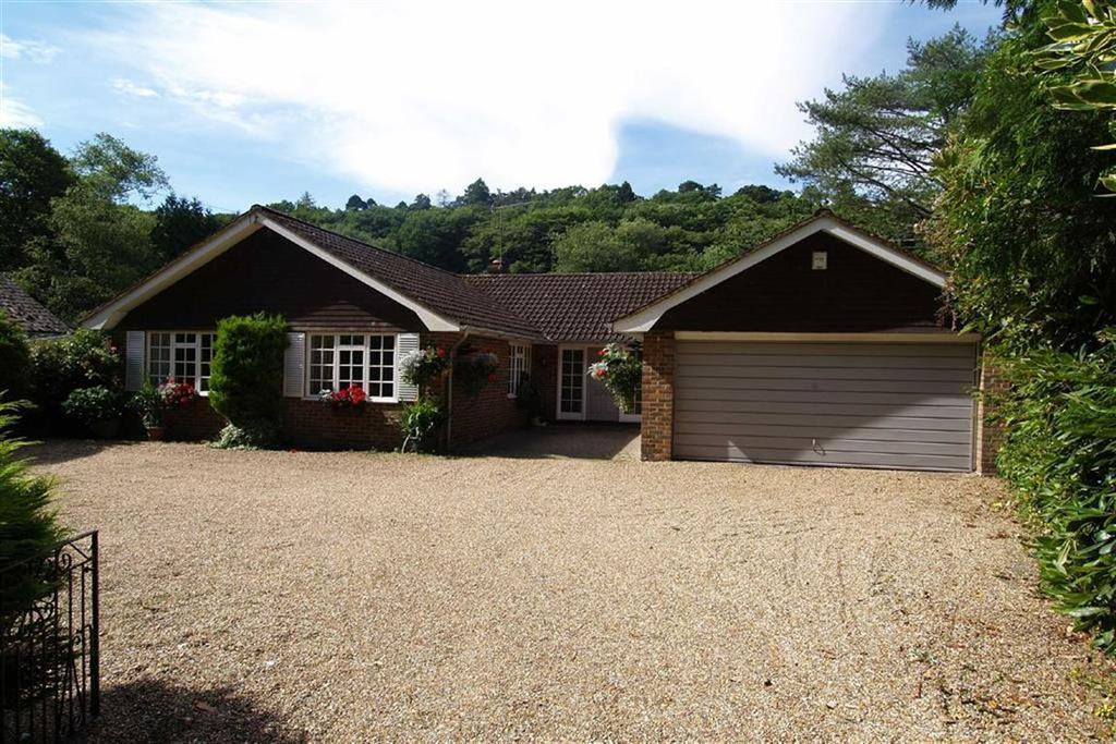 4 Bedrooms Detached Bungalow for sale in Bell Road, Haslemere, Surrey, GU27