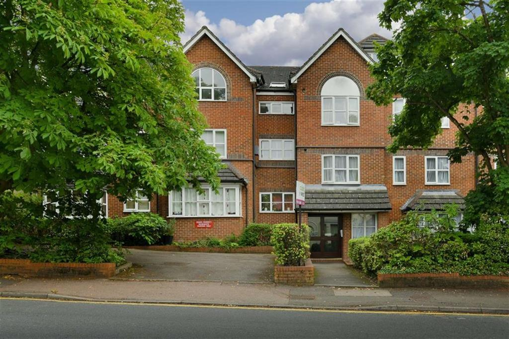 2 Bedrooms Flat for sale in Cedar Road, Sutton, Surrey