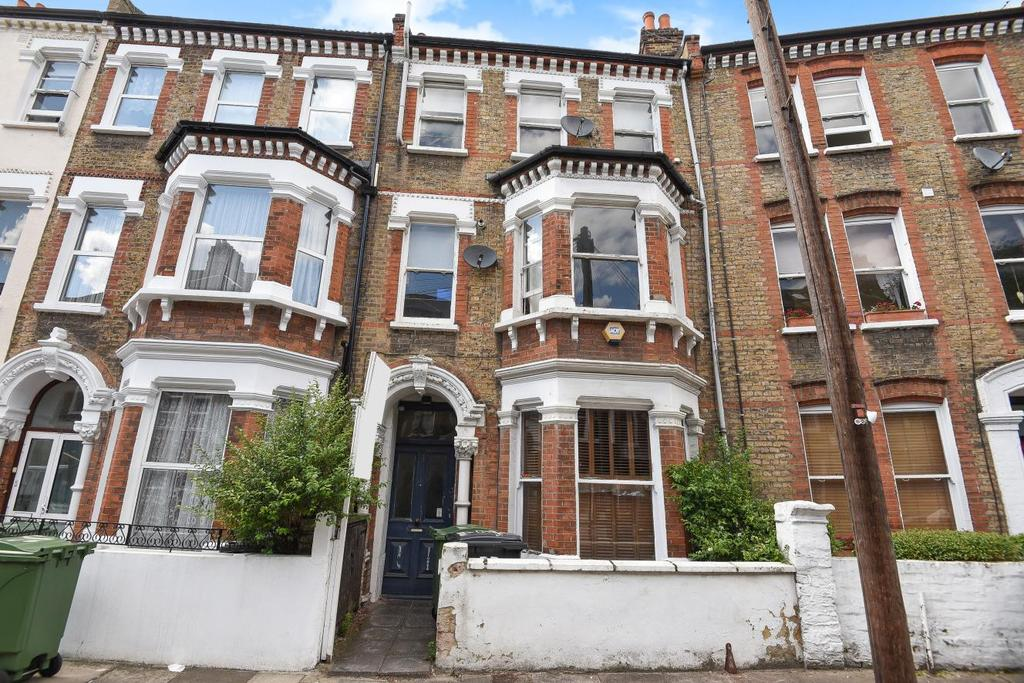 1 Bedroom Flat for sale in Tremadoc Road, Clapham, SW4