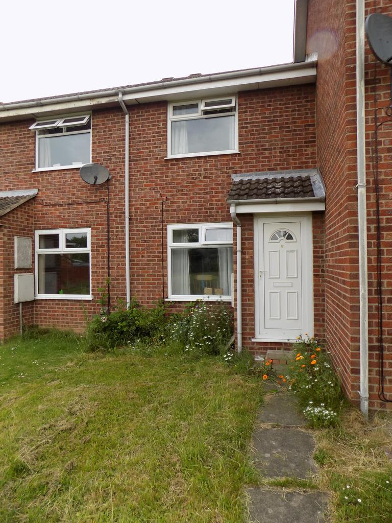 2 Bedrooms Terraced House for sale in Aire Close, Immingham DN40