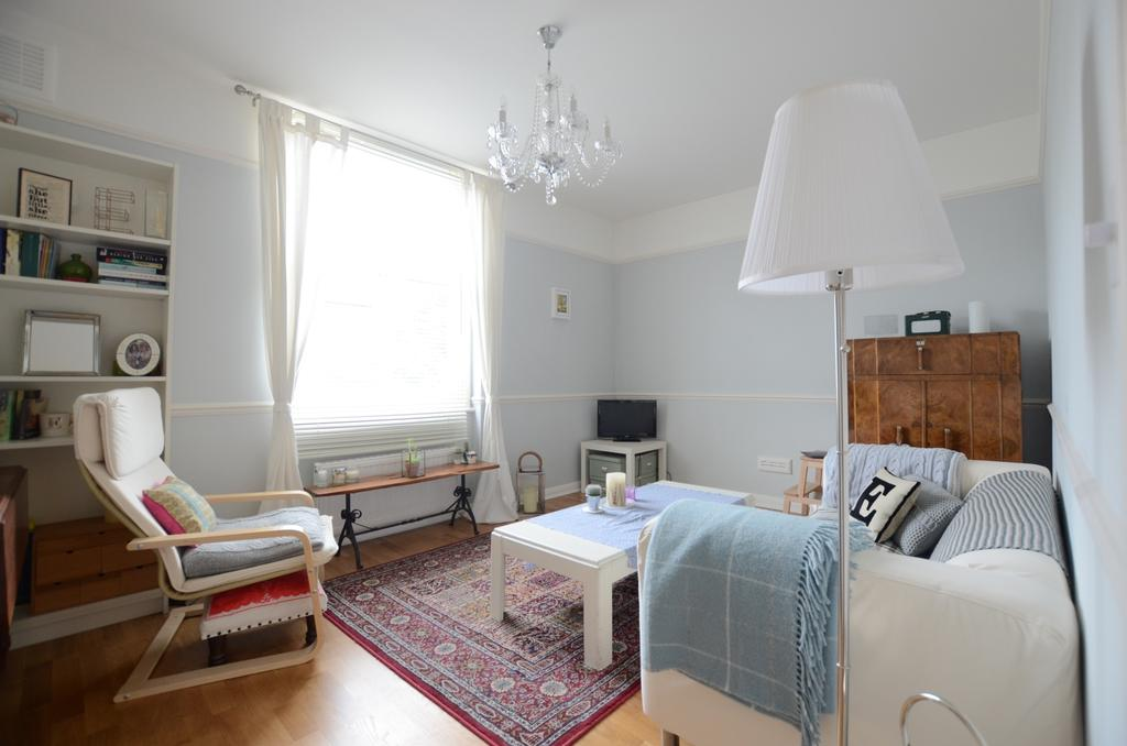 2 Bedrooms Flat for sale in Stanstead Road London SE23