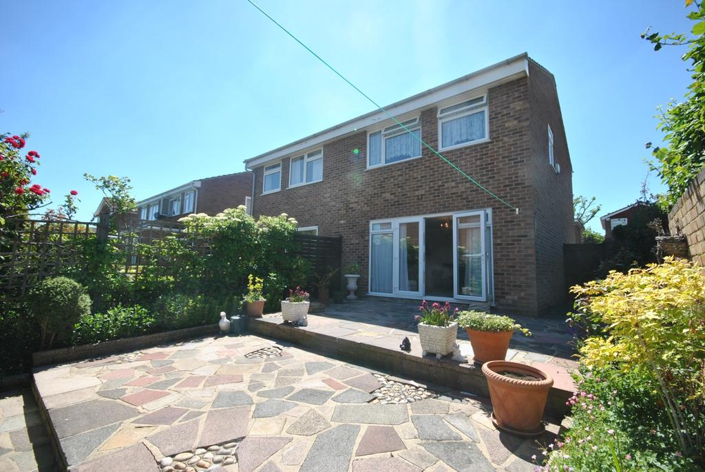 3 Bedrooms Semi Detached House for sale in Powster Road Bromley BR1