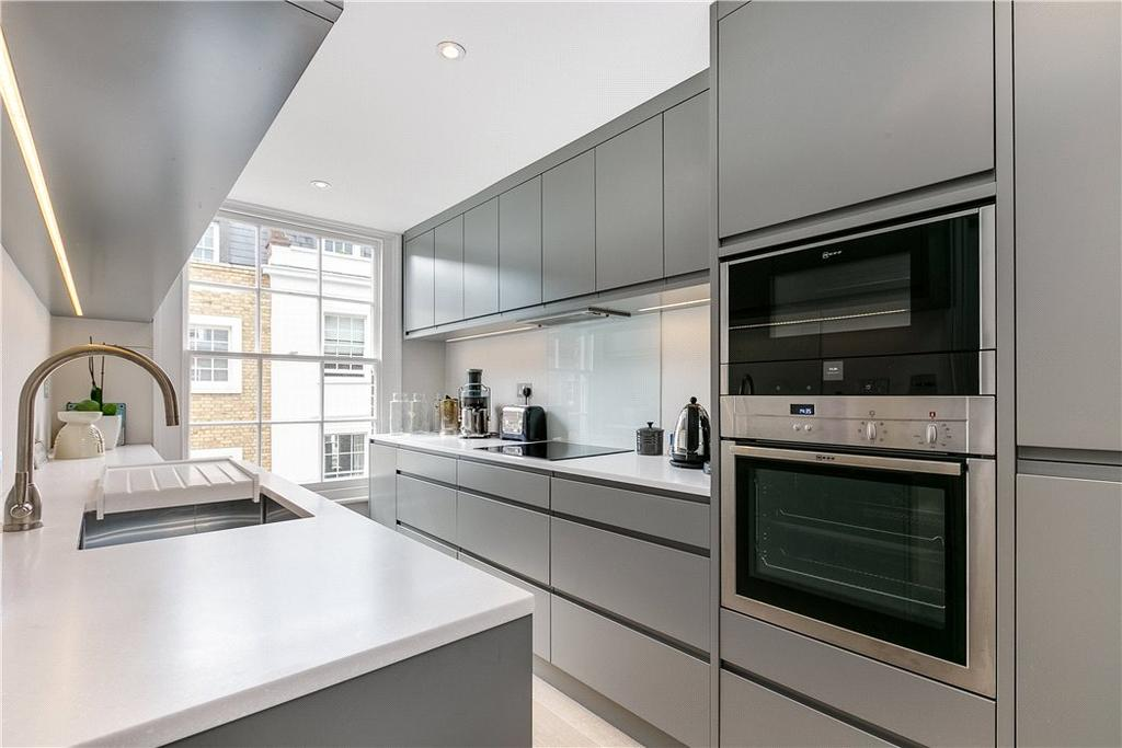 1 Bedroom Flat for sale in Old Church Street, Chelsea, London, SW3