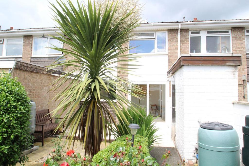 2 Bedrooms Terraced House for sale in 25 Johnson Court, Clinton Park, Tattershall