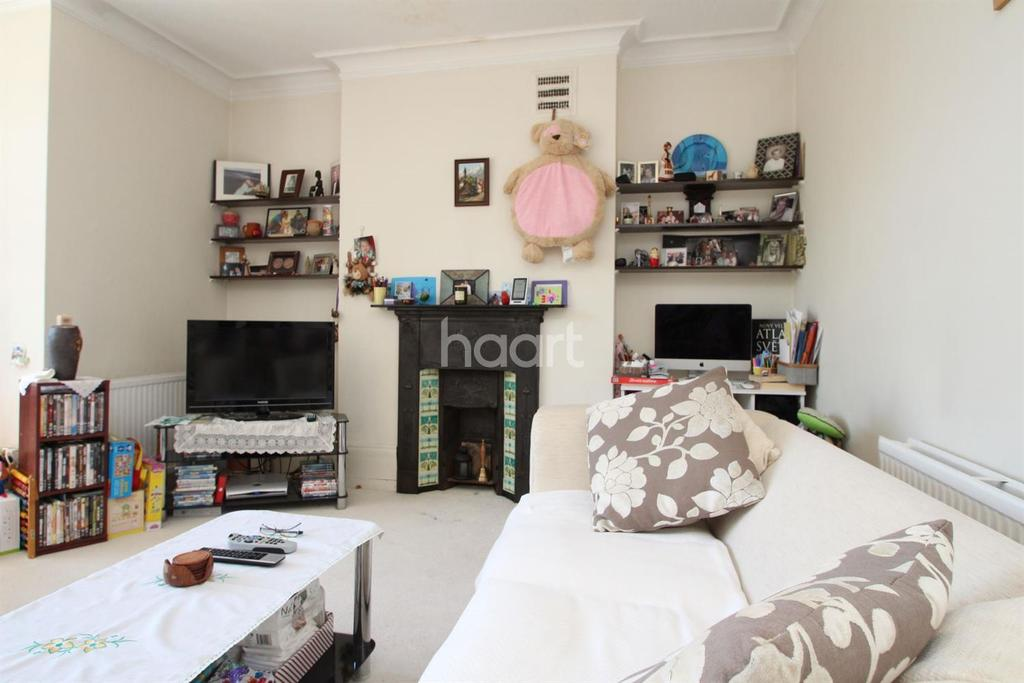 1 Bedroom Flat for sale in Grand drive