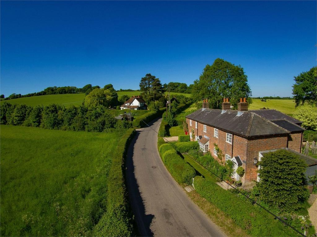 3 Bedrooms House for sale in Rye Bridge Cottages, Upper Froyle, Alton