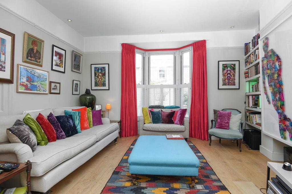 4 Bedrooms Terraced House for sale in Hargwyne Street, Clapham, SW9