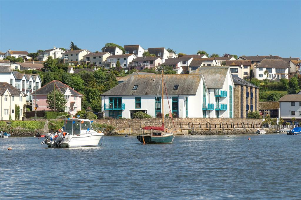 3 Bedrooms Apartment Flat for sale in Crabshell Quay, Embankment Road, Kingsbridge, Devon, TQ7