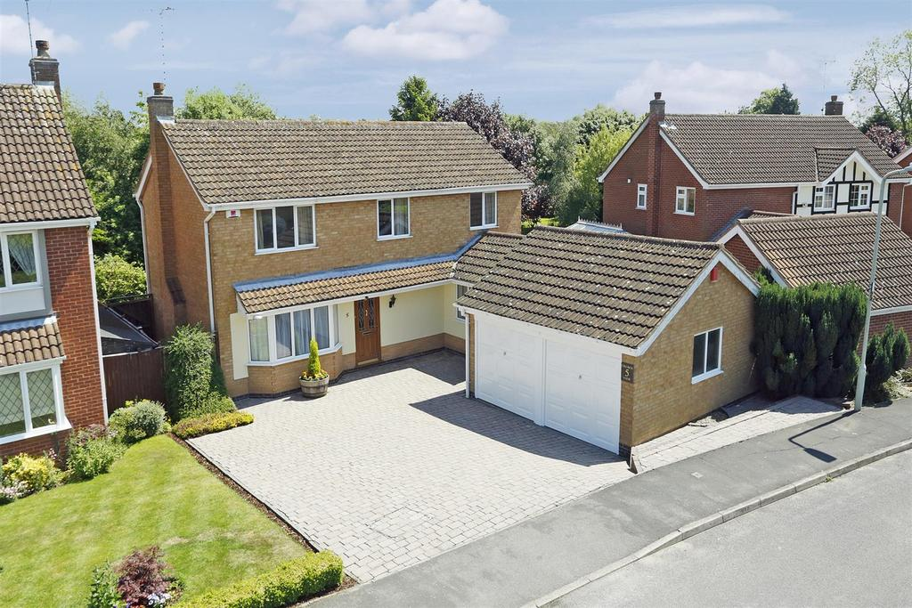 4 Bedrooms Detached House for sale in Sence Crescent, Great Glen, Leicester