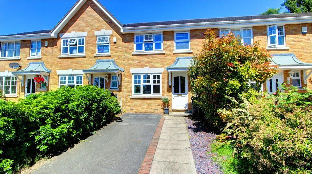 3 Bedrooms Terraced House for sale in Farrier Close, Bickley, Bromley, Kent