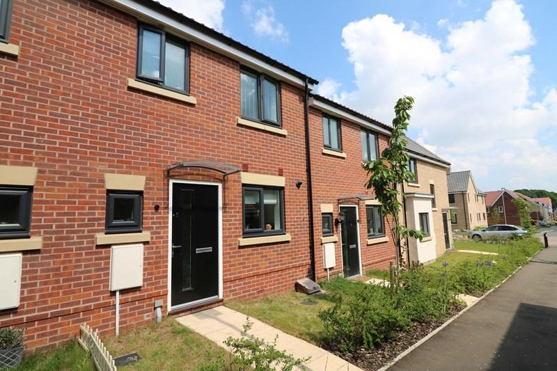 3 Bedrooms Terraced House for sale in Cecil Sparkes Walk, Costessey, Norwich