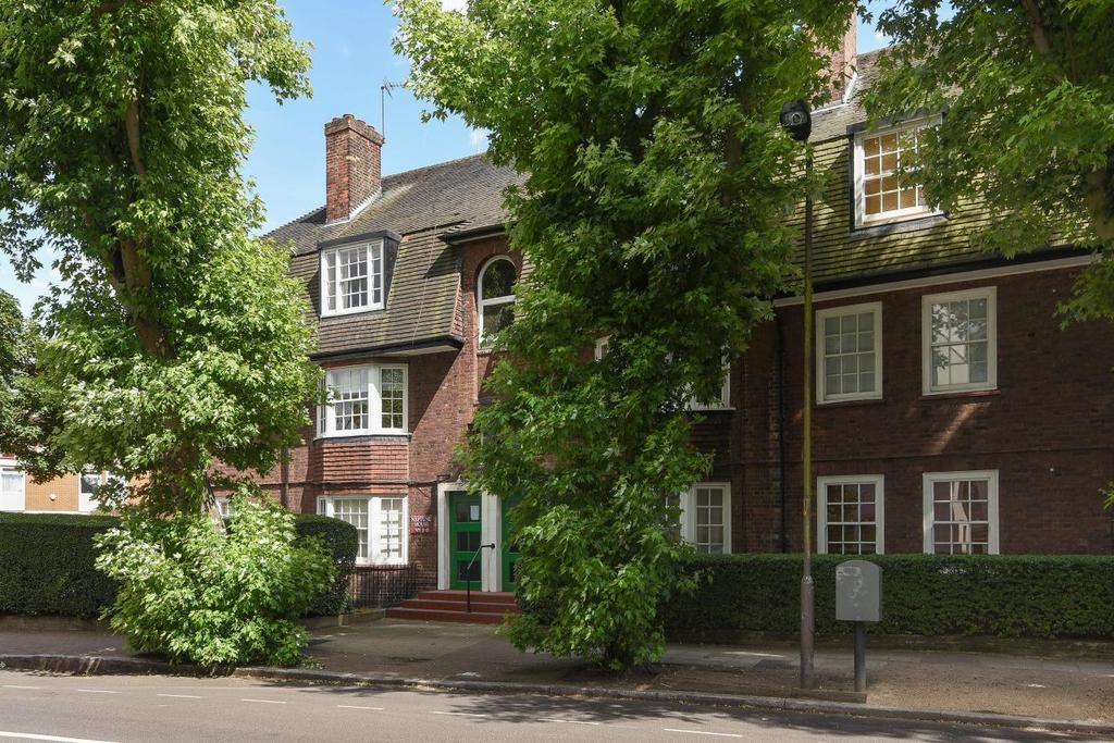 3 Bedrooms Flat for sale in Moodkee Street, Surrey Quays, SE16