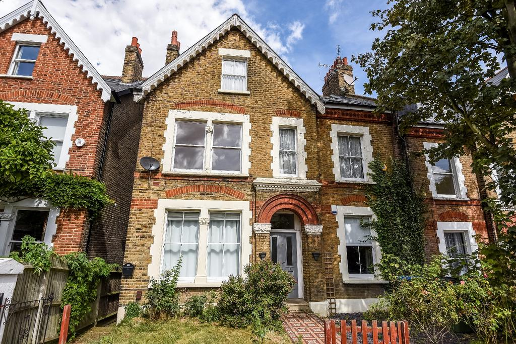 3 Bedrooms Flat for sale in Humber Road London SE3