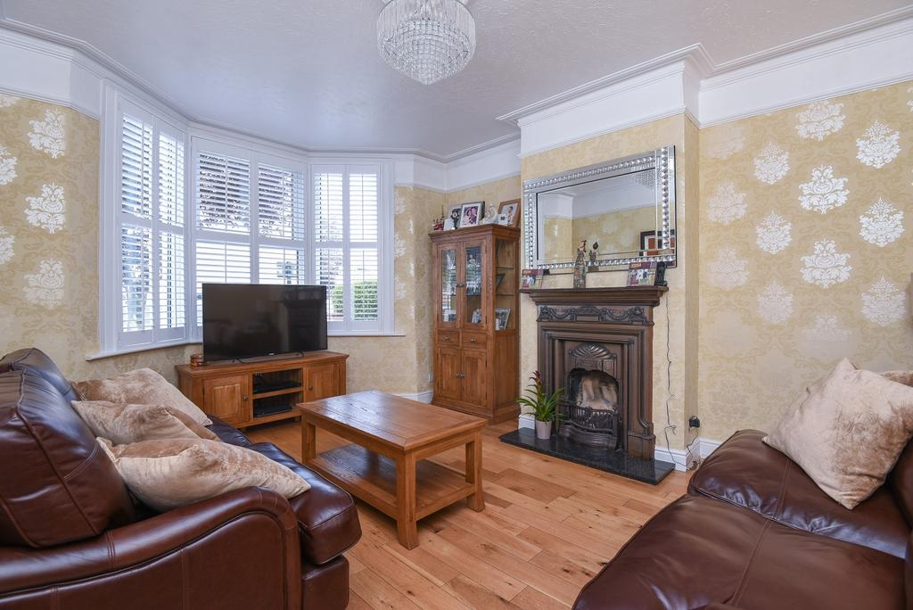 5 Bedrooms Terraced House for sale in Abbey Terrace London SE2