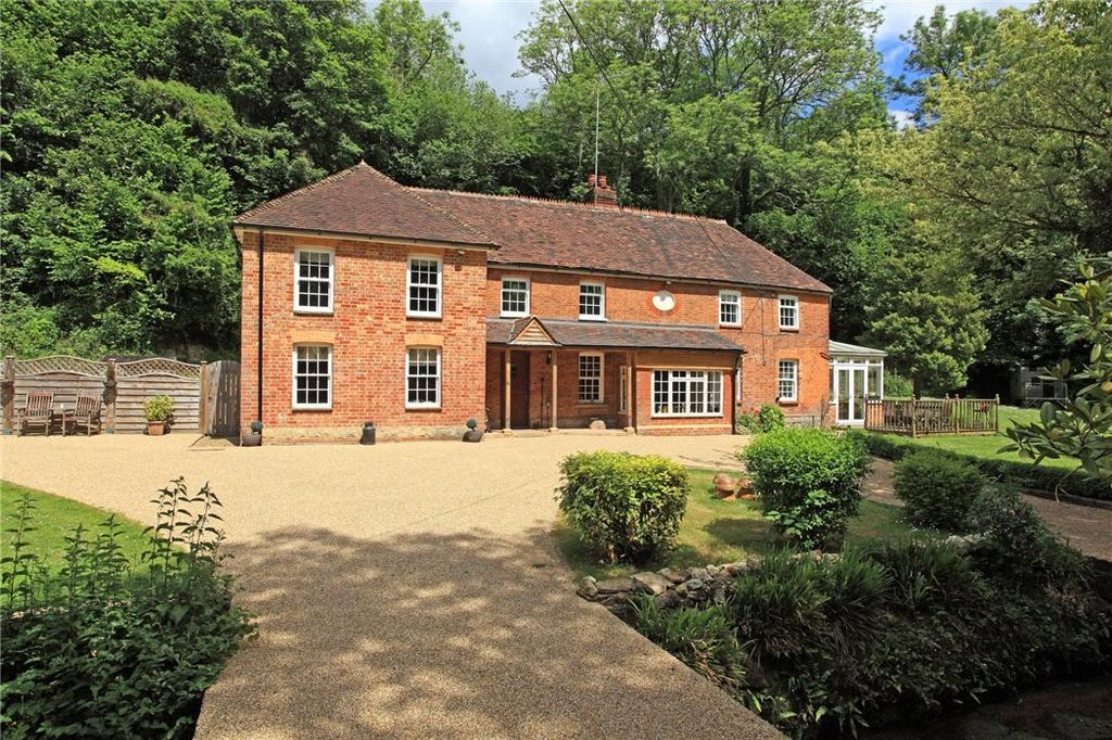 5 Bedrooms Detached House for sale in Basted Mill, Borough Green, Sevenoaks, TN15