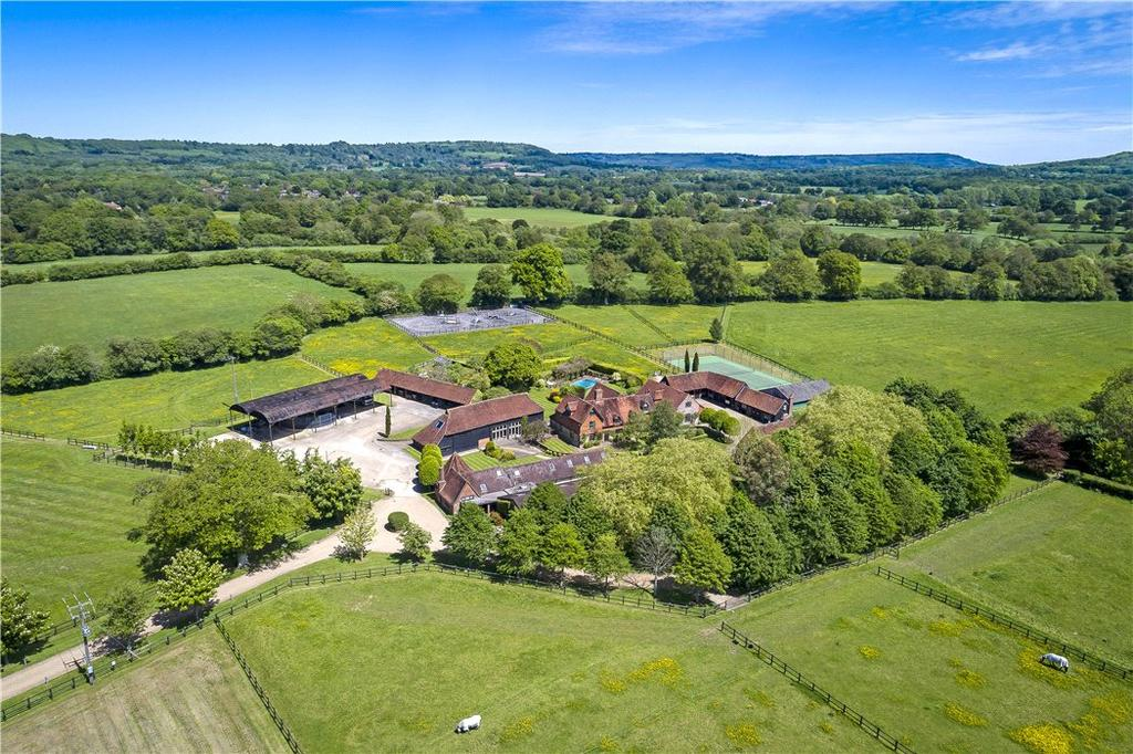 5 Bedrooms Farm House Character Property for sale in Cooks Pond Road, Milland, Liphook, West Sussex, GU30