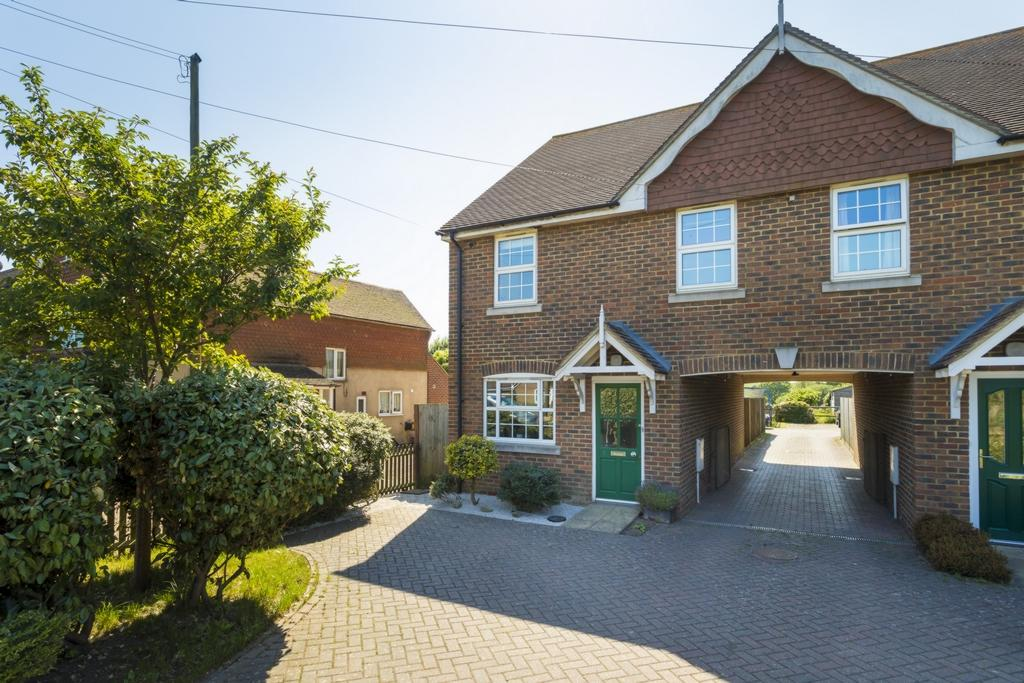 3 Bedrooms End Of Terrace House for sale in Barrow Hill, Sellindge, TN25