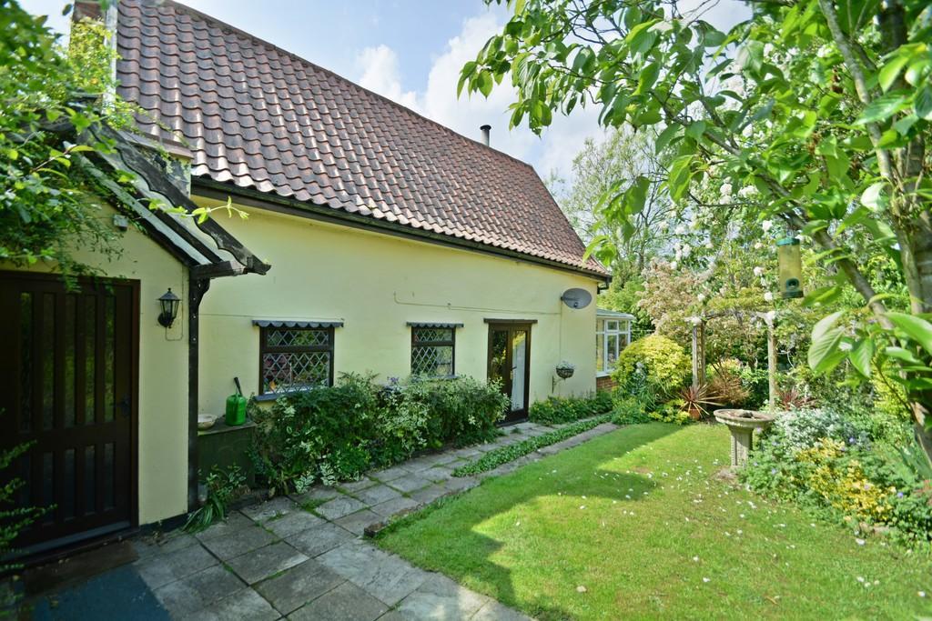 2 Bedrooms Cottage House for sale in New Street, Stradbroke