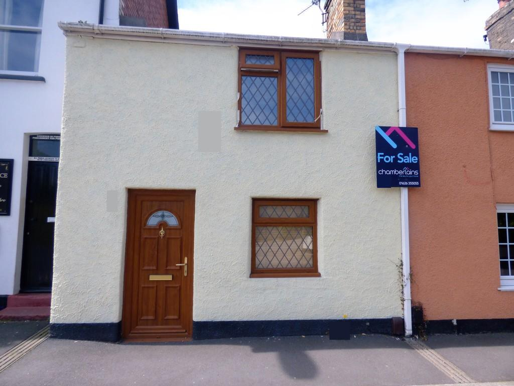 2 Bedrooms Terraced House for sale in Fore Street, Kingsteignton, TQ12 3AU