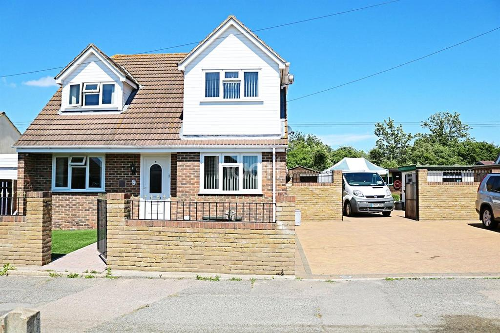 4 Bedrooms Detached House for sale in Eastchurch