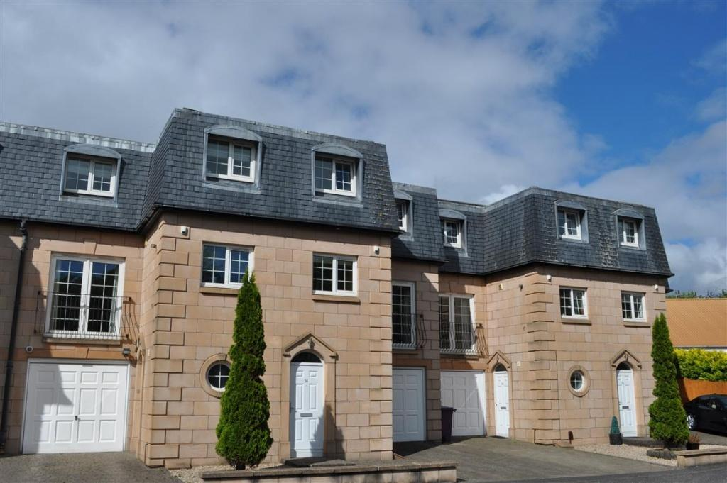 3 Bedrooms Town House for sale in 54 Gavinton Street, Muirend, G44 3HD
